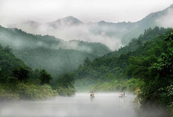 美溪黄菇河