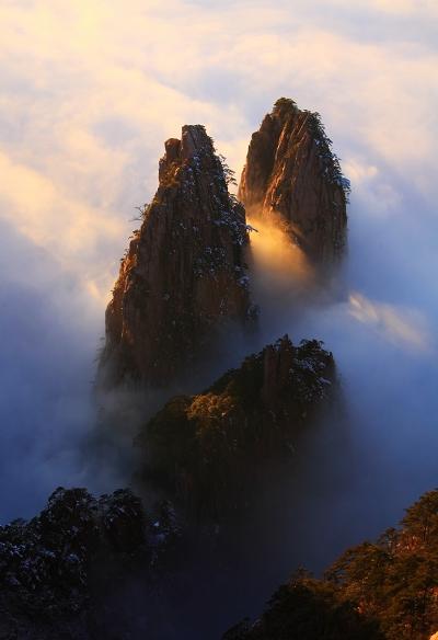 黄山西海大峡谷晚霞