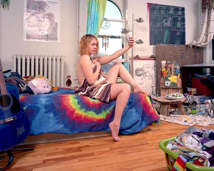 搞笑摄影:美国少女爱自拍