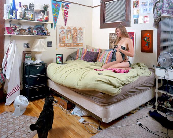 baden创意搞笑摄影:美国少女爱自拍组图
