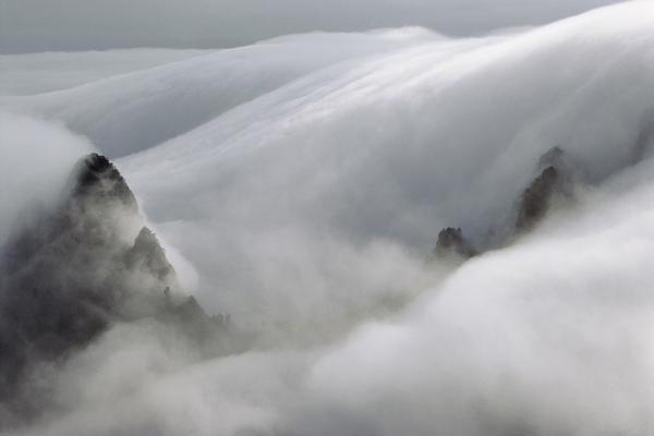 马克·吕布(Marc Riboud)黄山摄影作品2.jpg