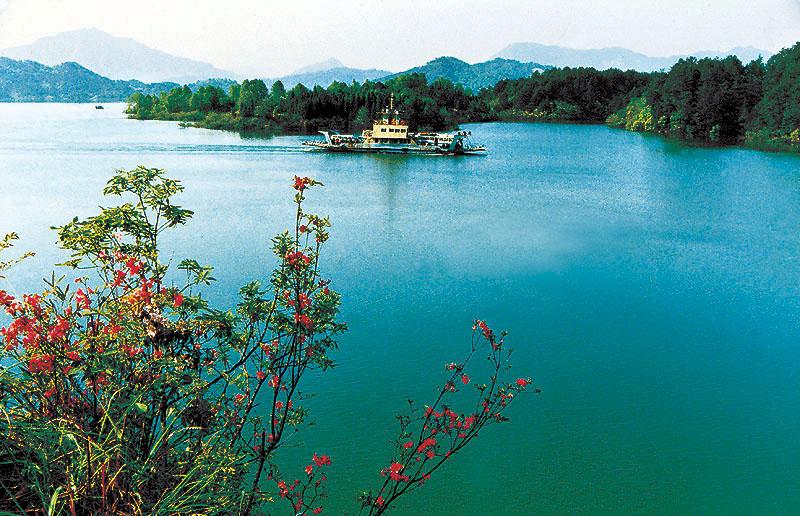 太平湖; 九华山; 黄山区太平湖风景区旅游