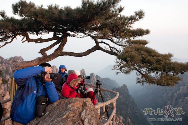 黄山旅游摄影—始信峰为拍摄黄山日出的重要地点.jpg