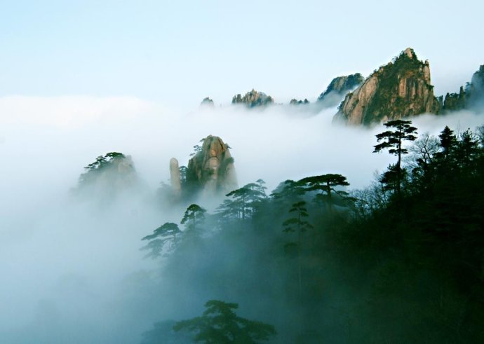 黄山四绝之云海Third, Mount Huangshan cloud.jpg