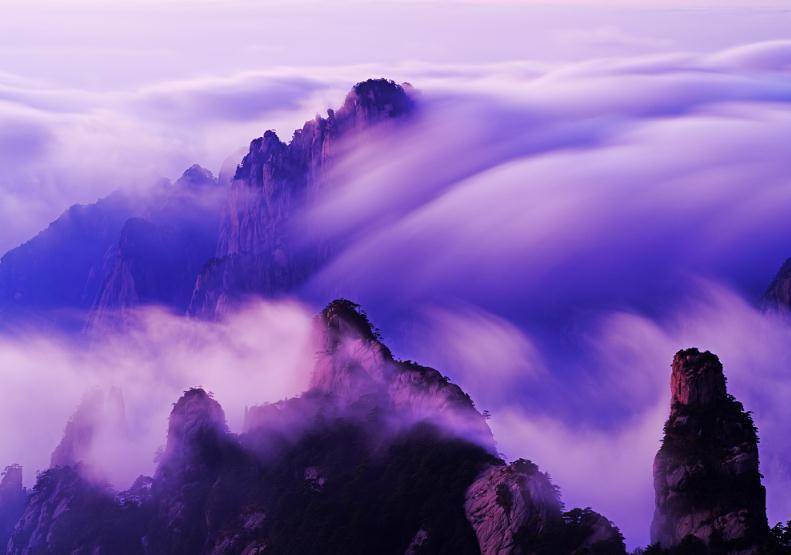 大美黄山金质收藏摄影作品《吟云听涛》 摄影:王永新.jpg