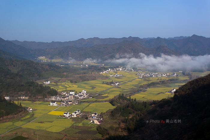 春季风景深山高清图片